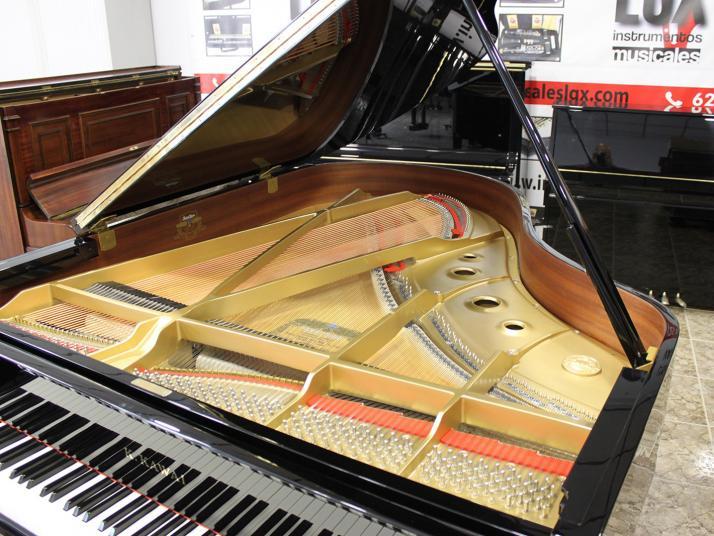 VENDIDO Kawai RX3 Conservatory. Nº serie superior 2.520.000. Año 2005.