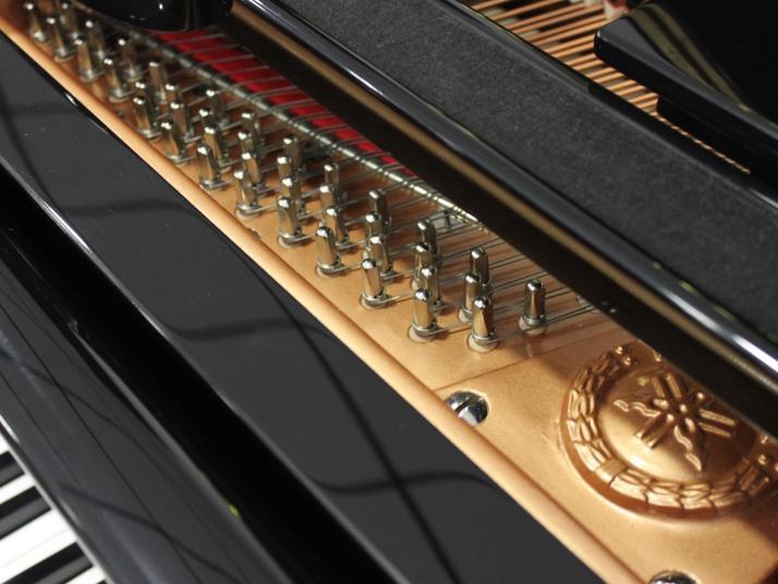 Yamaha G3. Nº serie superior a 2.800.000.