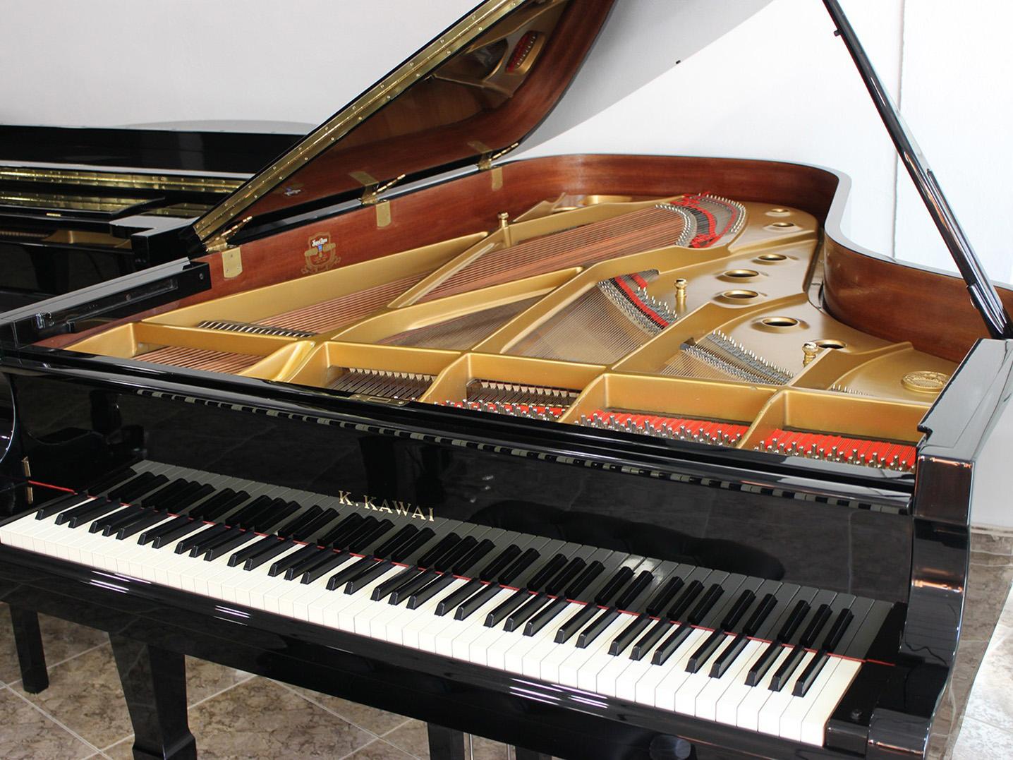 Llegada de pianos de cola, media cola y gran cola, segunda mano y nuevos Yamaha y Kawai.