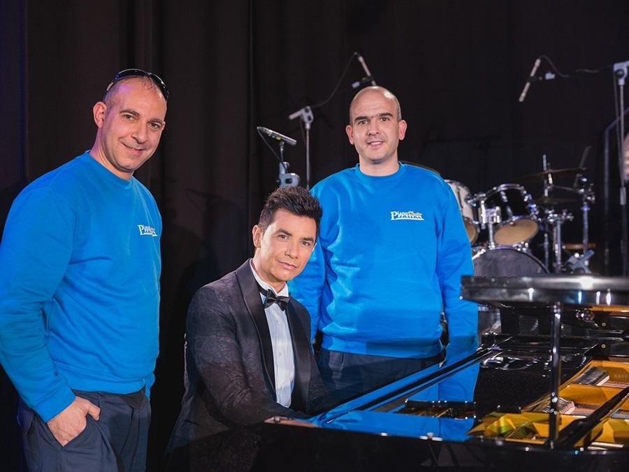 Piano Chollo colabora con el cantante David Civera.
